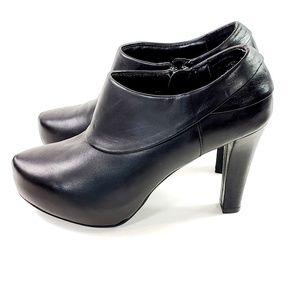 Me Too Bootie Pumps Heels Black Leather sz 6